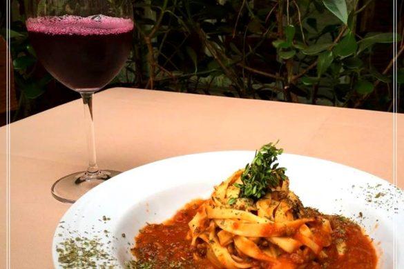 24862344_639428649514071_7600101751988357427_n-585x390 Forneria Italia -  Gastronomia  italiana em São Caetano do Sul