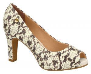 Vizzano-1840-100-5017-35312-300x242 Vizzano apresenta a macrotendência dos detalhes nos calçados para o inverno 2018